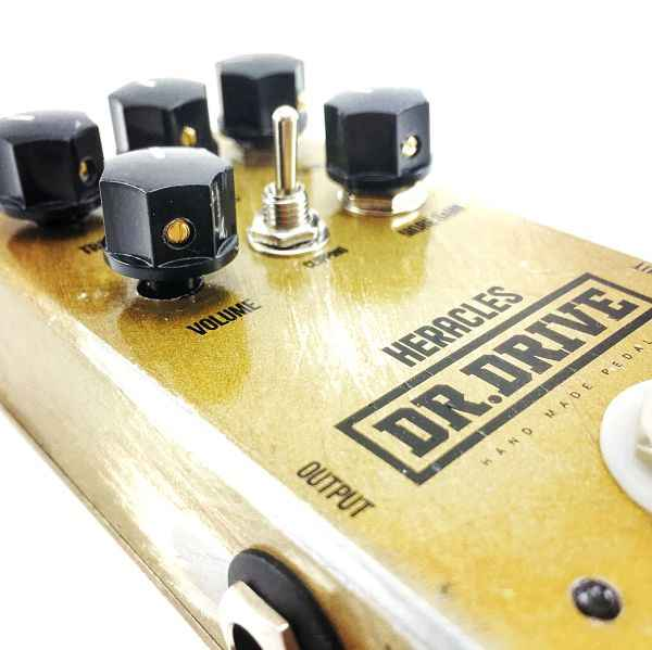 heracles pedal overdrive guitarra y bajo